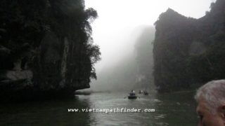 Hanoi - Halong Bay - Hoa Lu - Phat Diem Holyland guided trips