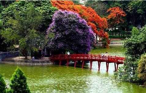 Hanoi Capital -Hoa Lu Ancient City - Halong Bay Cruises