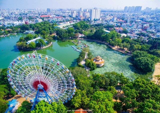 Dam Sen Park- HCM city (or Saigon) or Hochiminh city