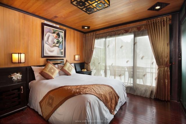 Cabin on boat Halong cruises
