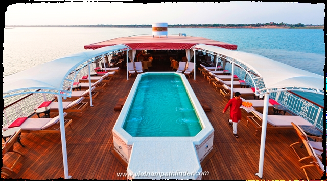 The Jahan boat is a luxury 5 star cruise Saigon-Phnompenh-Siemreap for 8days,5days