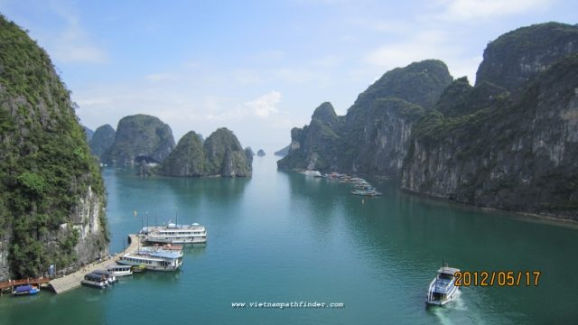 Halong bay scenery