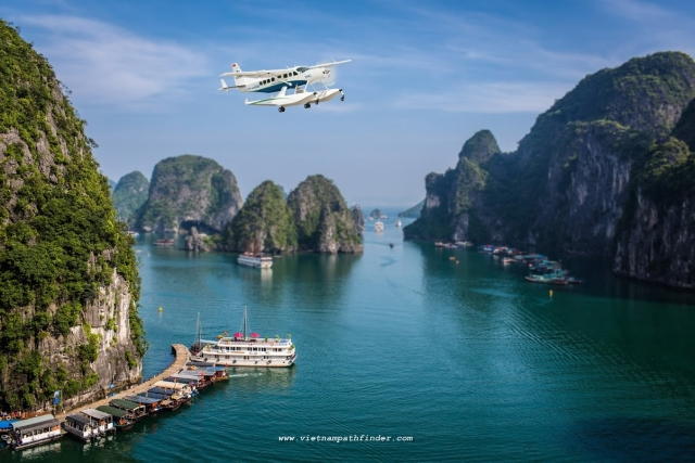 Seaplane fly over Halong bay