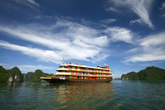 halong luxury boats