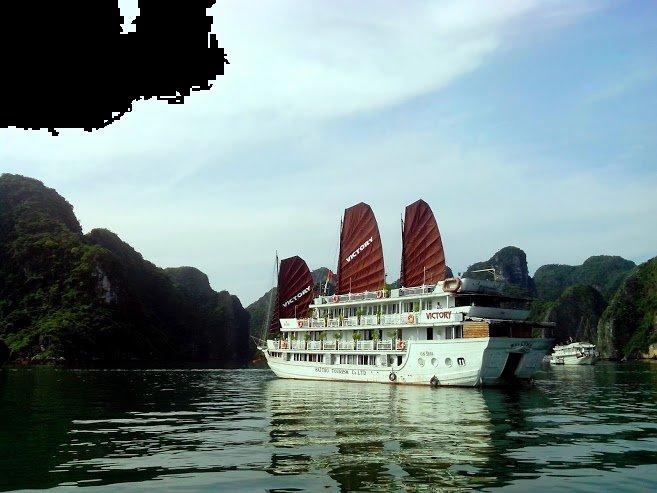 Halong Boat cruises